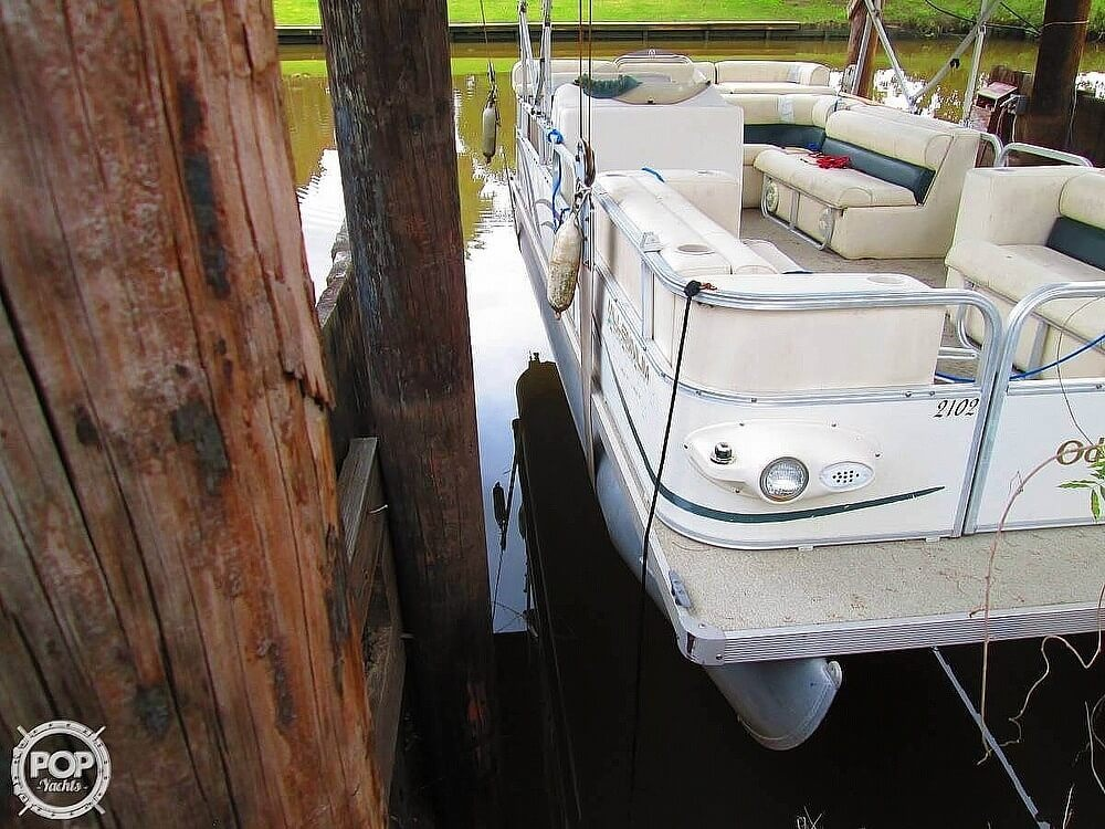 2003 Odyssey boat for sale, model of the boat is MILLENIUM 2102 & Image # 10 of 26