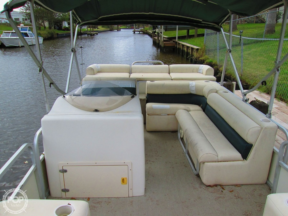 2003 Odyssey boat for sale, model of the boat is MILLENIUM 2102 & Image # 18 of 26