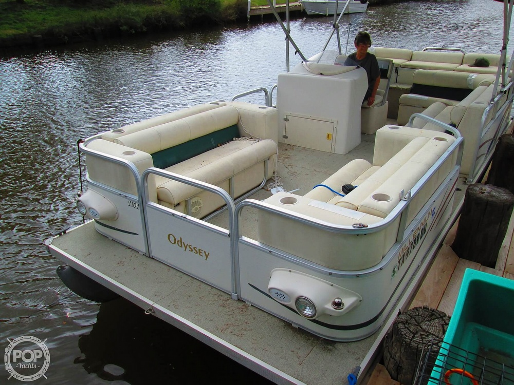 2003 Odyssey boat for sale, model of the boat is MILLENIUM 2102 & Image # 22 of 26