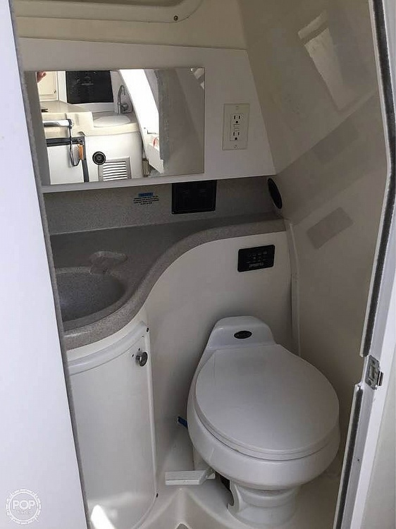 2001 Wellcraft 270 coastal - image 12