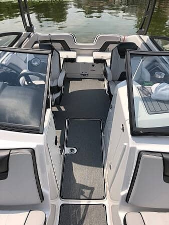 2018 Yamaha boat for sale, model of the boat is AR240 & Image # 8 of 14