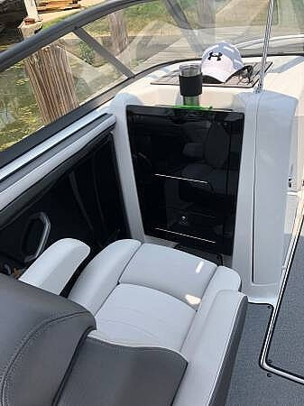2018 Yamaha boat for sale, model of the boat is AR240 & Image # 12 of 14
