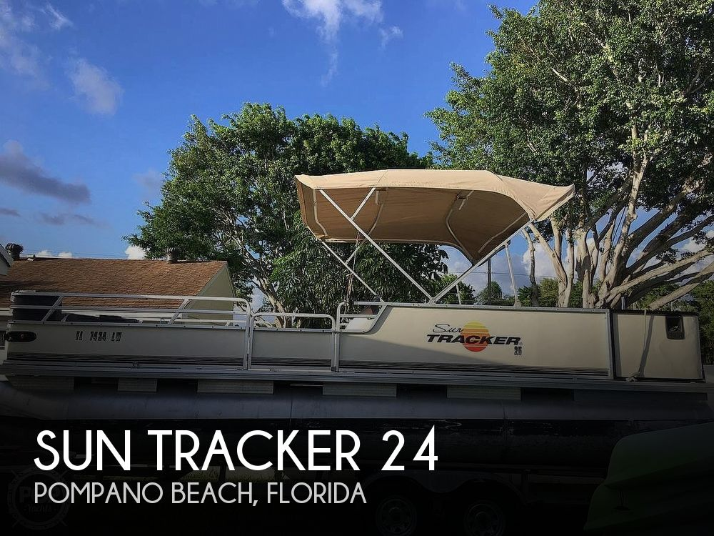 Used Pontoon Boats For Sale by owner | 2002 Sun Tracker 24