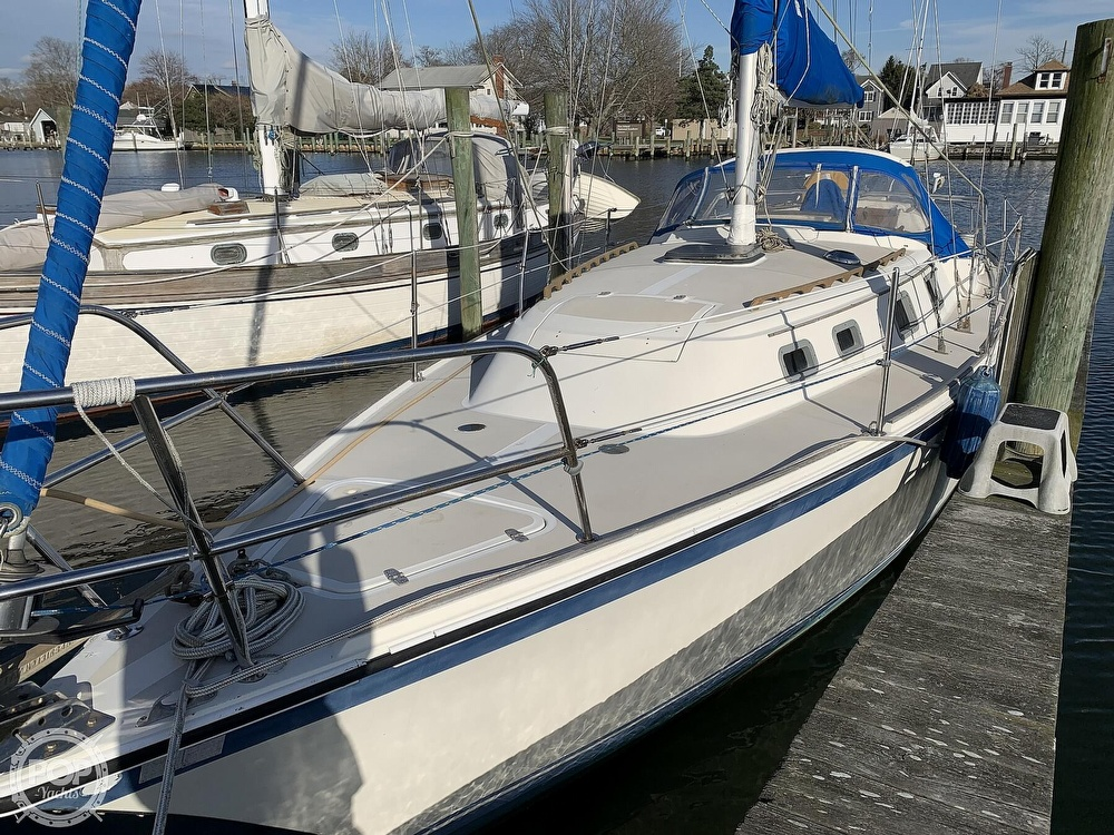1982 O'day boat for sale, model of the boat is 37 & Image # 33 of 40
