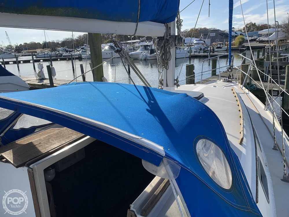 1982 O'day boat for sale, model of the boat is 37 & Image # 15 of 40