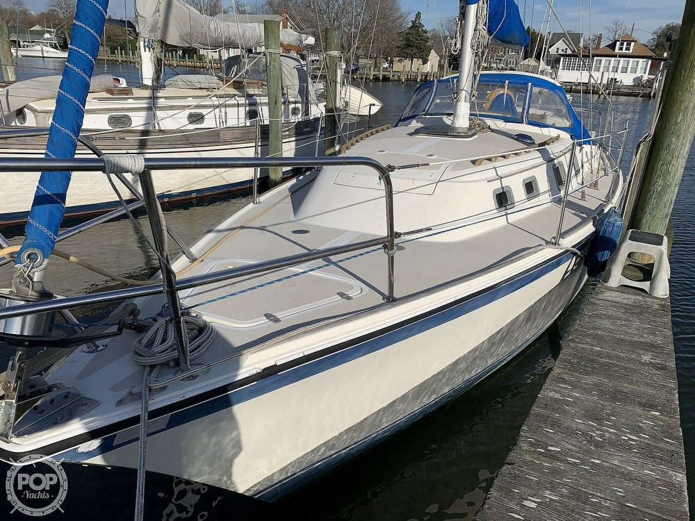 1982 O'day boat for sale, model of the boat is 37 & Image # 4 of 40