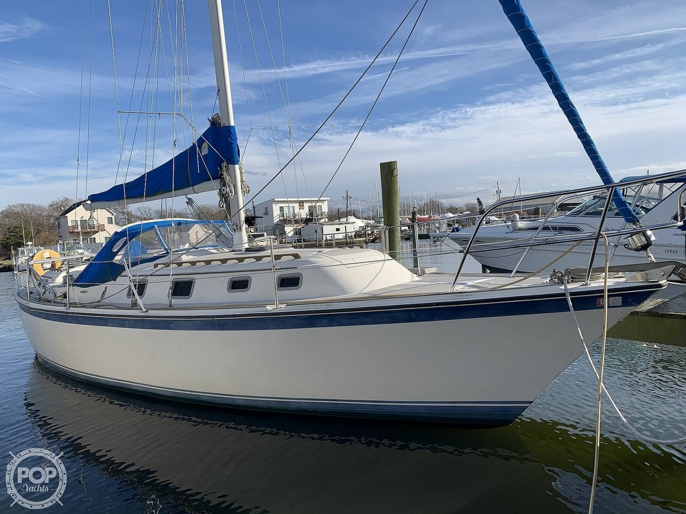 1982 O'day boat for sale, model of the boat is 37 & Image # 3 of 40