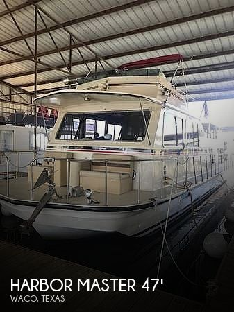 Used Houseboats For Sale in Texas by owner | 1986 Harbor Master 47