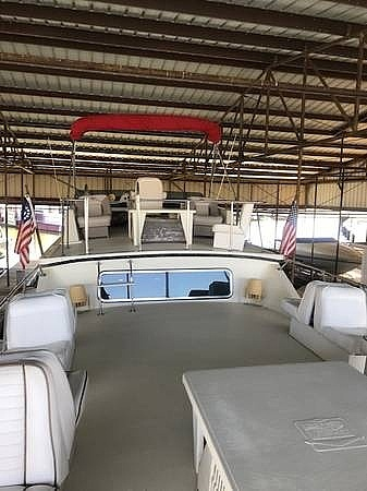 1986 Harbor Master boat for sale, model of the boat is 14 x 47 & Image # 7 of 40