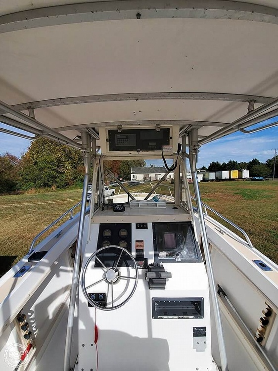 1995 Mako boat for sale, model of the boat is 282 CC & Image # 12 of 41