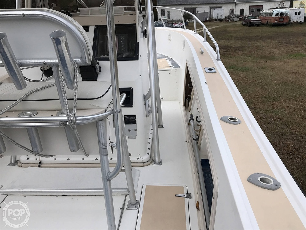 1995 Mako boat for sale, model of the boat is 282 CC & Image # 36 of 41
