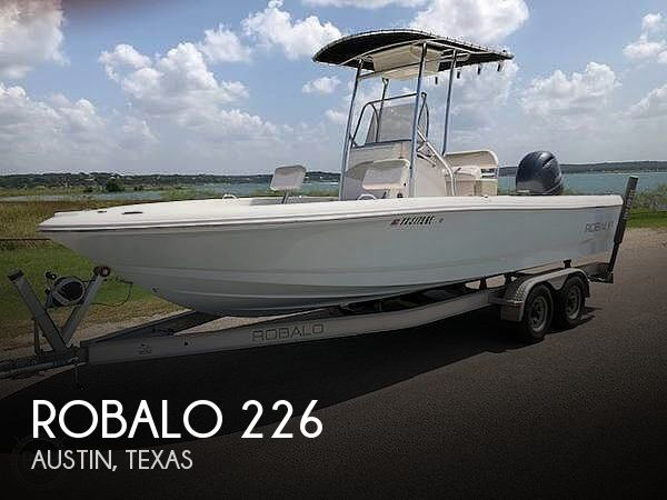 Used Boats For Sale in San Antonio, Texas by owner | 2016 Robalo 226
