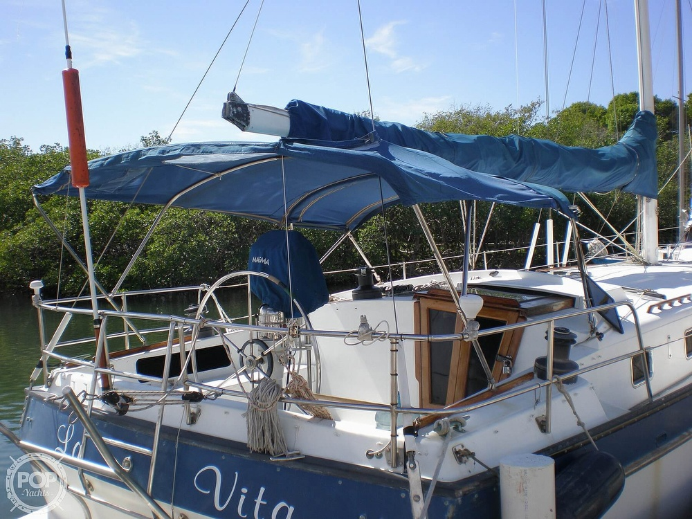 1981 Lancer Yachts boat for sale, model of the boat is 42 & Image # 4 of 33