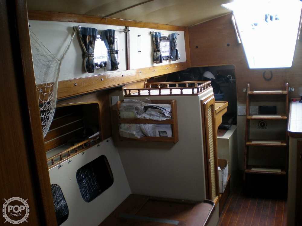 1981 Lancer Yachts boat for sale, model of the boat is 42 & Image # 7 of 33