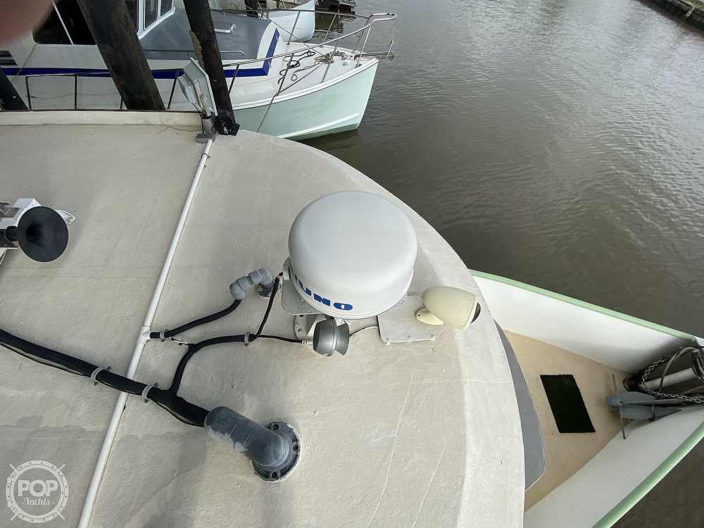 1983 Pleasure Craft boat for sale, model of the boat is 40 & Image # 13 of 40