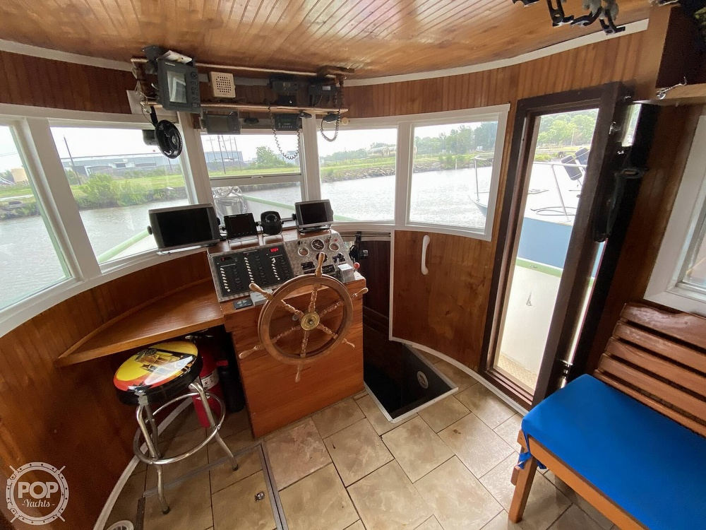 1983 Pleasure Craft boat for sale, model of the boat is 40 & Image # 6 of 40