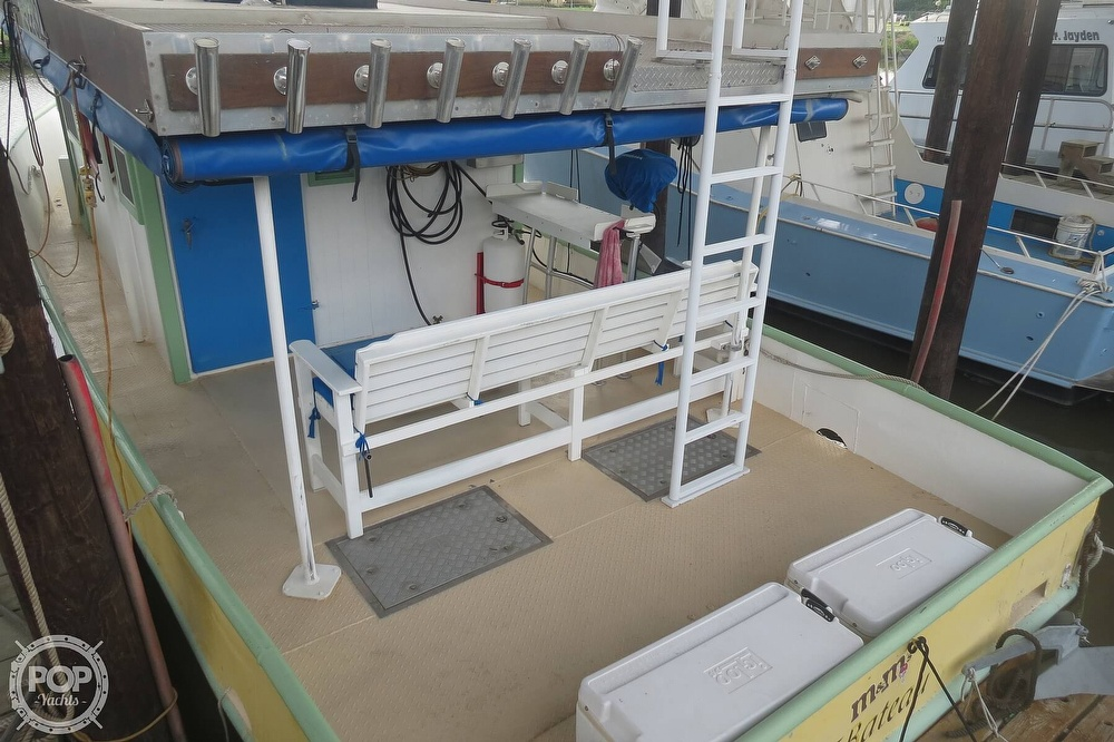 1983 Pleasure Craft boat for sale, model of the boat is 40 & Image # 2 of 40