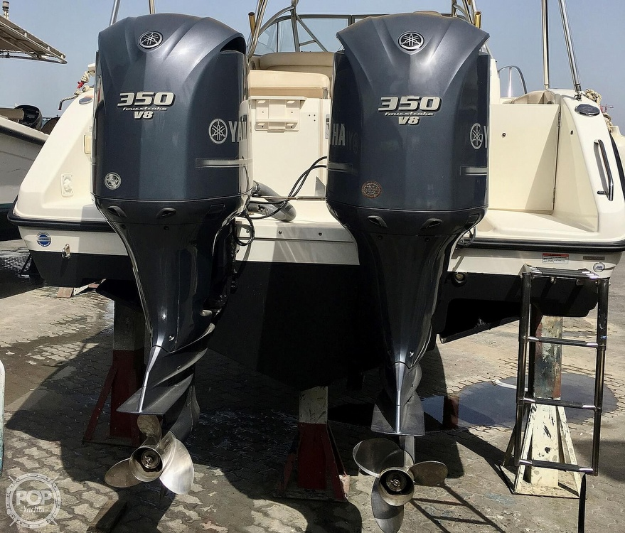 2008 Century boat for sale, model of the boat is 3200 OFFSHORE Walkaround & Image # 17 of 29