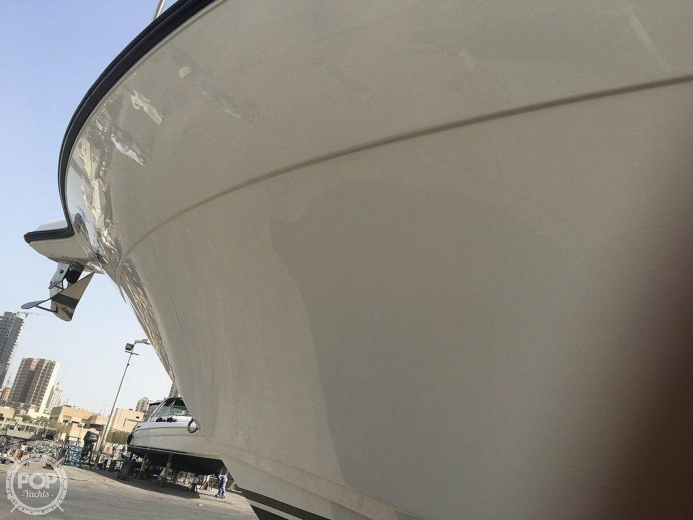 2008 Century boat for sale, model of the boat is 3200 OFFSHORE Walkaround & Image # 8 of 29