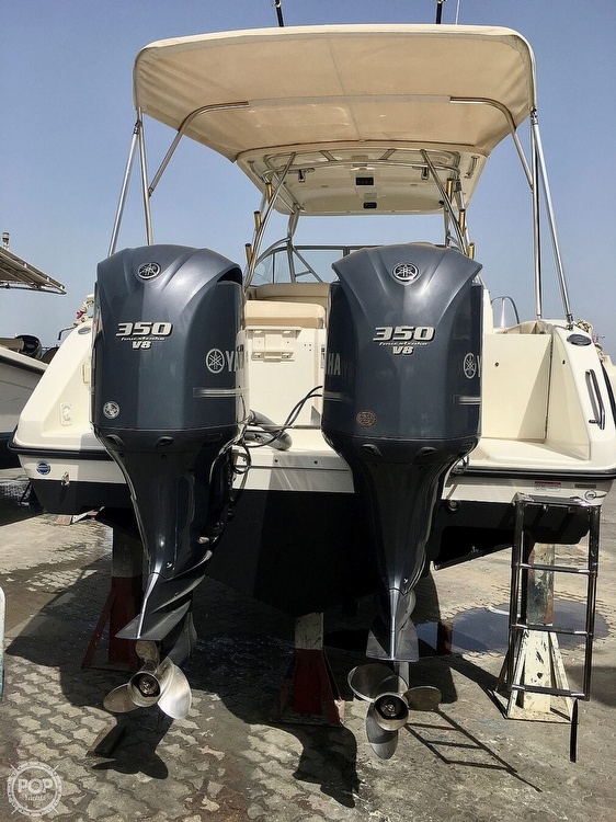 2008 Century boat for sale, model of the boat is 3200 OFFSHORE Walkaround & Image # 16 of 29
