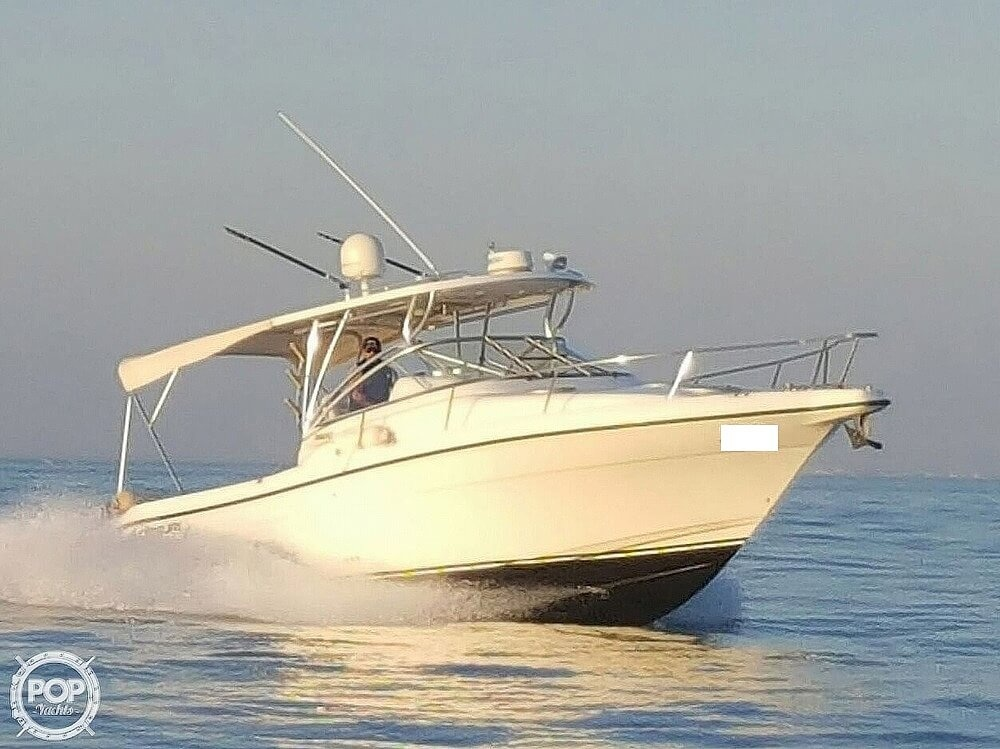 2008 Century boat for sale, model of the boat is 3200 OFFSHORE Walkaround & Image # 7 of 29
