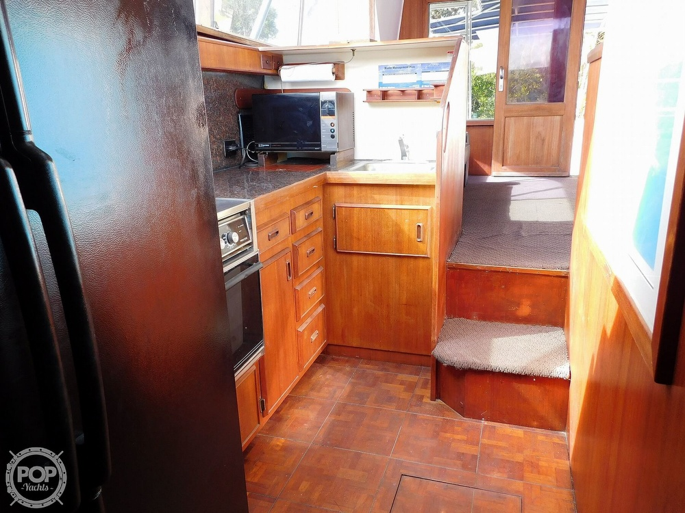 1984 Bertram boat for sale, model of the boat is 46 Sport Fish & Image # 3 of 40
