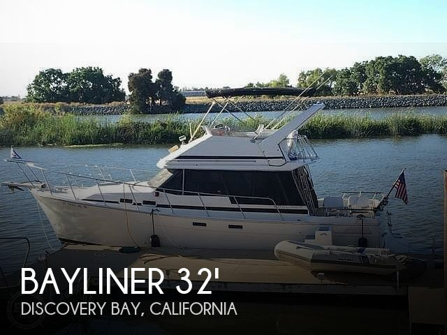 Used Bayliner Boats For Sale in Sacramento, California by owner   1986 32 foot Bayliner Double Cabin Motor Yacht Flybr