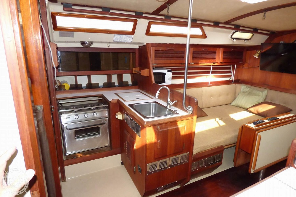 1983 O'day boat for sale, model of the boat is 39 & Image # 10 of 40