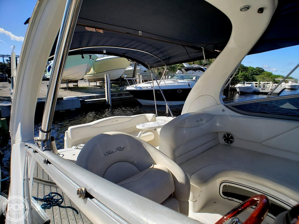 2005 Sea Ray boat for sale, model of the boat is 280 Sundancer & Image # 8 of 40