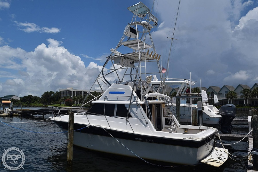 1985 Silverton boat for sale, model of the boat is 31 CONVERTIBLE & Image # 4 of 40