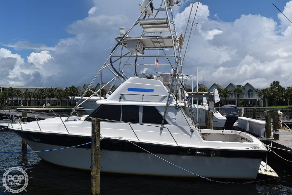 1985 Silverton boat for sale, model of the boat is 31 CONVERTIBLE & Image # 6 of 40