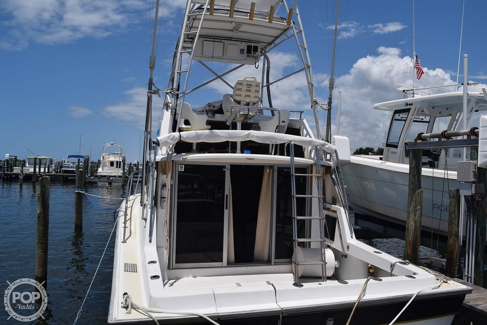 1985 Silverton boat for sale, model of the boat is 31 CONVERTIBLE & Image # 9 of 40
