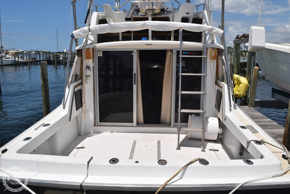1985 Silverton boat for sale, model of the boat is 31 CONVERTIBLE & Image # 2 of 40