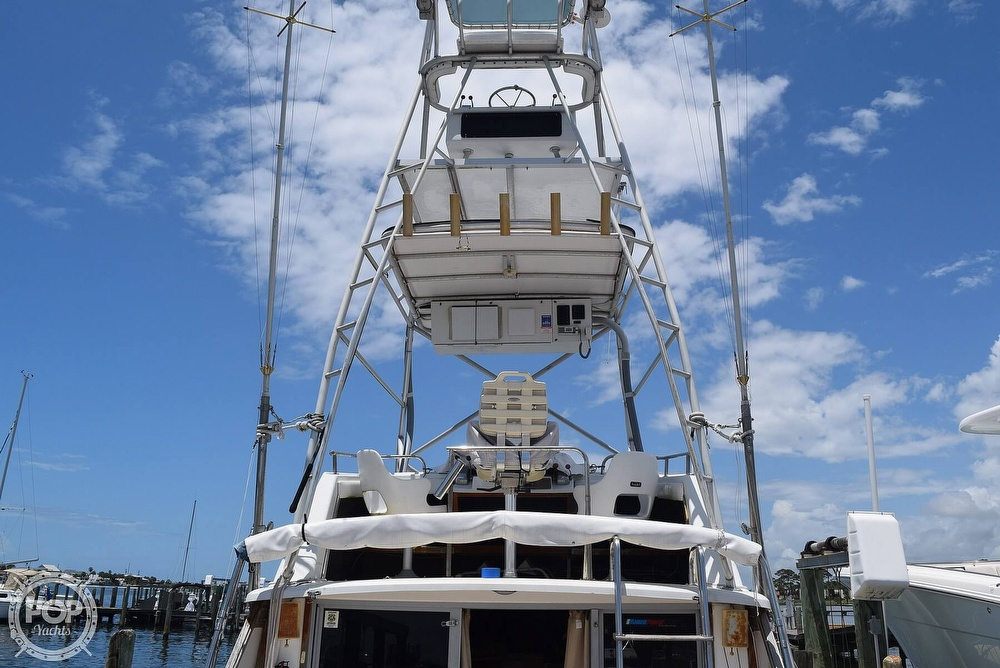 1985 Silverton boat for sale, model of the boat is 31 CONVERTIBLE & Image # 3 of 40
