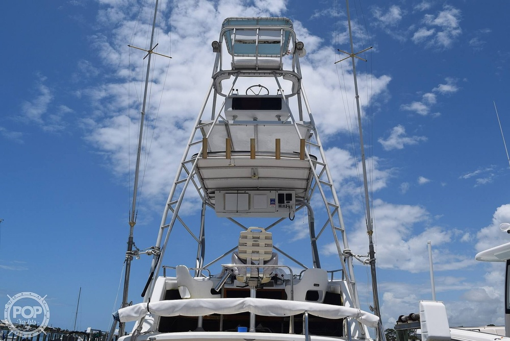 1985 Silverton boat for sale, model of the boat is 31 CONVERTIBLE & Image # 13 of 40