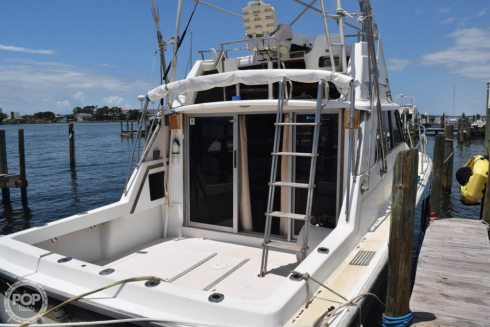 1985 Silverton boat for sale, model of the boat is 31 CONVERTIBLE & Image # 15 of 40
