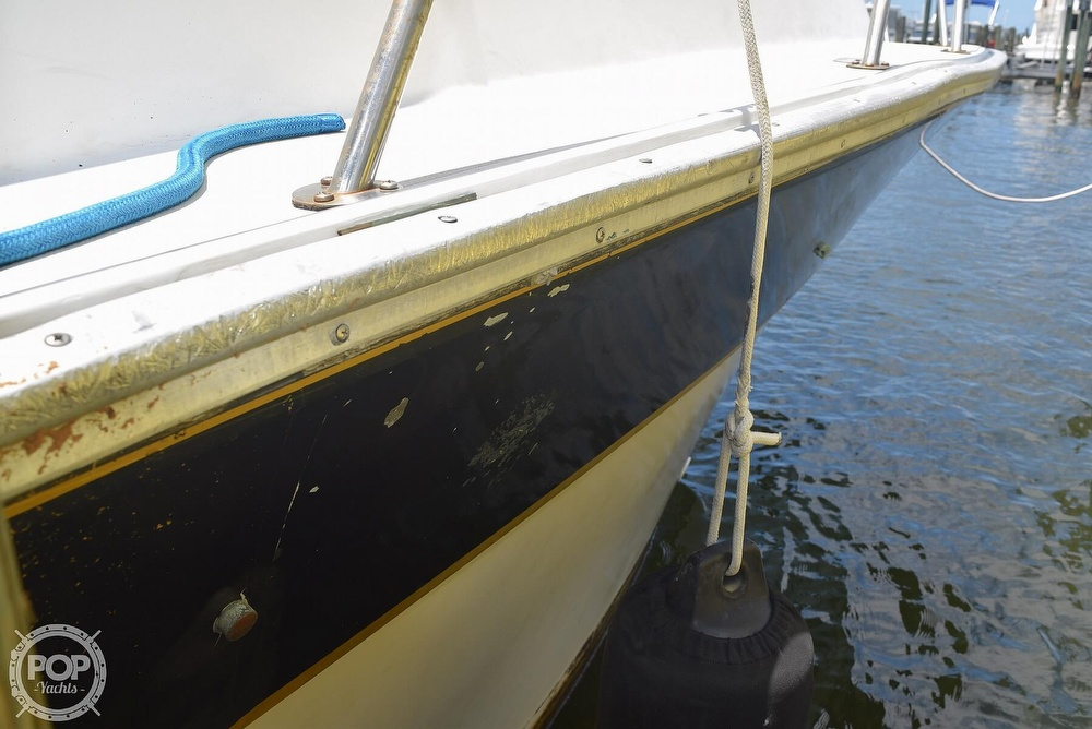 1985 Silverton boat for sale, model of the boat is 31 CONVERTIBLE & Image # 22 of 40