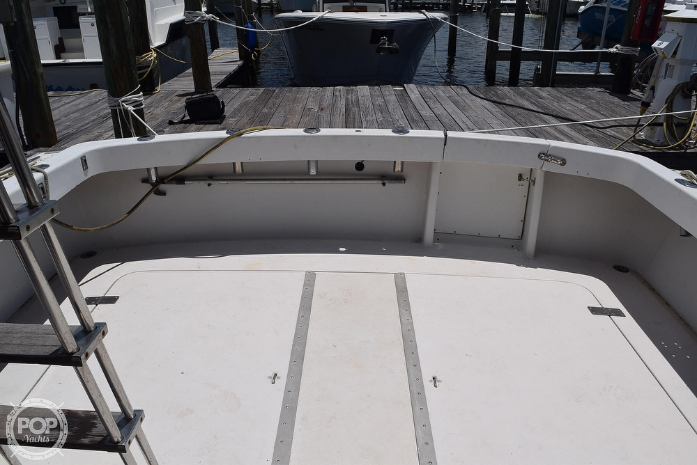 1985 Silverton boat for sale, model of the boat is 31 CONVERTIBLE & Image # 34 of 40