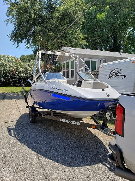 2011 Sea Doo PWC boat for sale, model of the boat is 180 Challenger & Image # 4 of 41