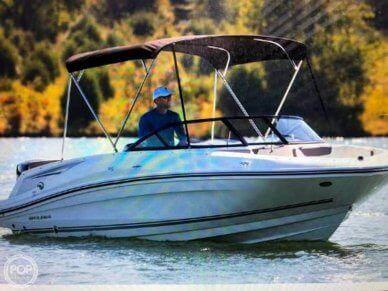 Bayliner 210 Deck Boat, 210, for sale - $33,300
