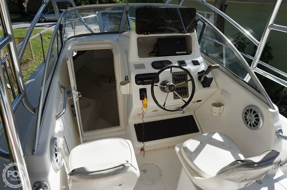 2001 Century boat for sale, model of the boat is 2600 WA & Image # 4 of 40