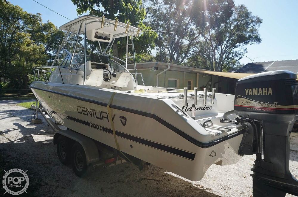 2001 Century boat for sale, model of the boat is 2600 WA & Image # 11 of 40