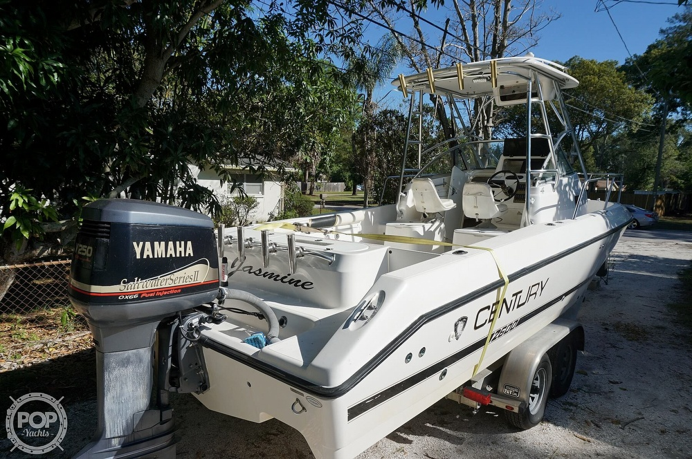 2001 Century boat for sale, model of the boat is 2600 WA & Image # 13 of 40