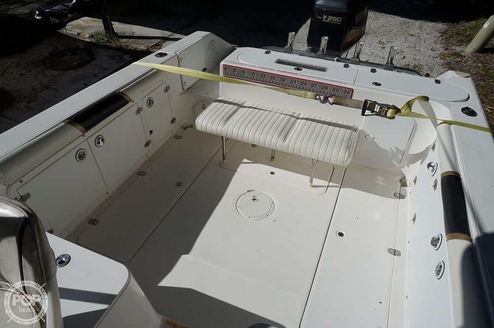 2001 Century boat for sale, model of the boat is 2600 WA & Image # 17 of 40