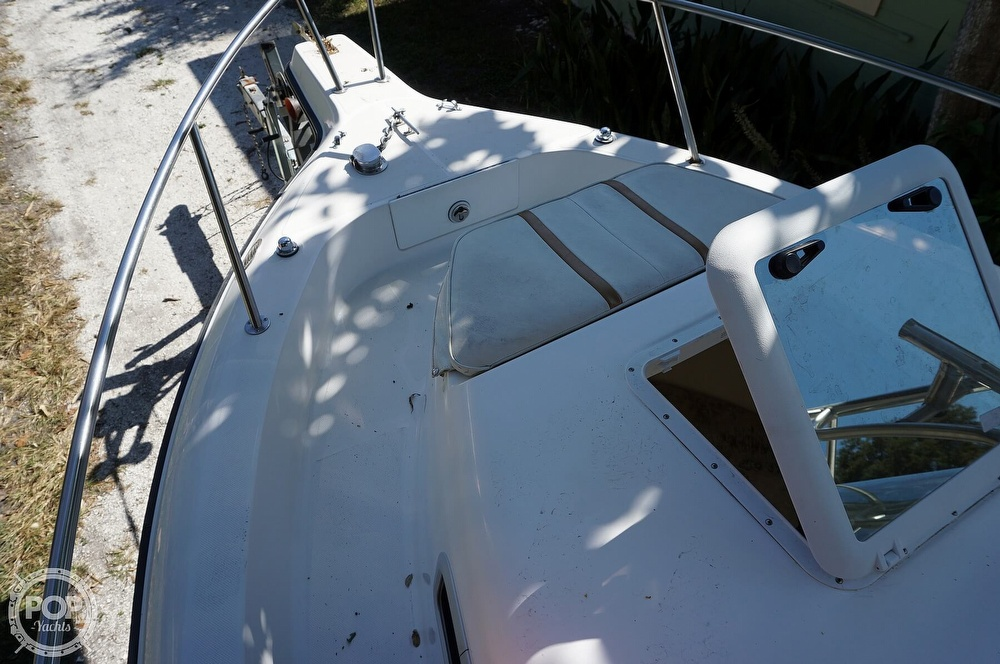 2001 Century boat for sale, model of the boat is 2600 WA & Image # 18 of 40