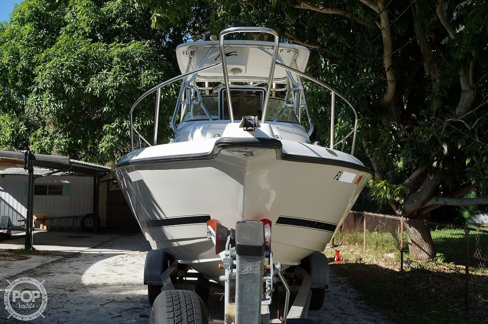2001 Century boat for sale, model of the boat is 2600 WA & Image # 22 of 40