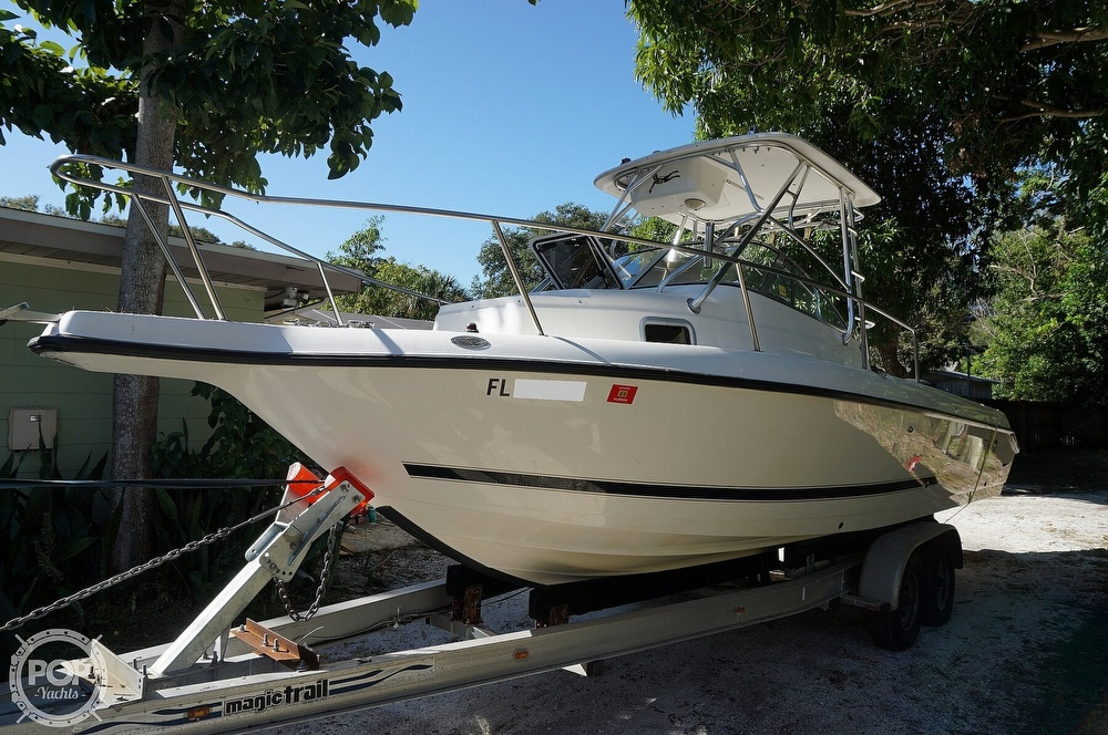 2001 Century boat for sale, model of the boat is 2600 WA & Image # 23 of 40