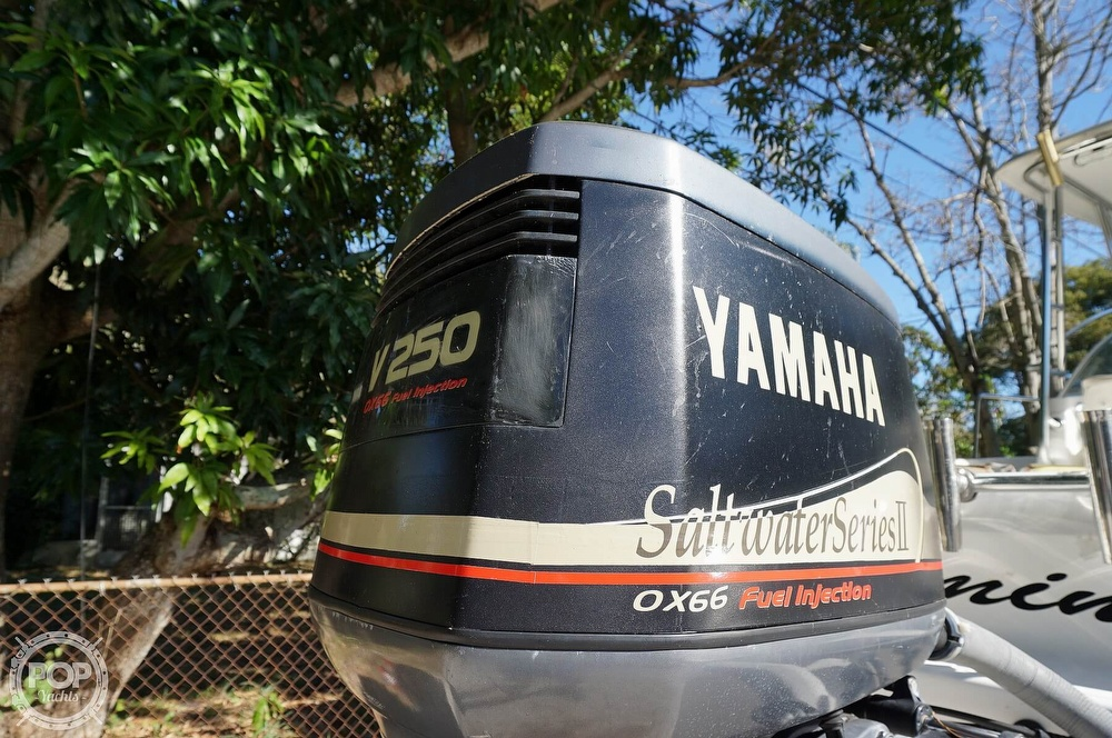 2001 Century boat for sale, model of the boat is 2600 WA & Image # 25 of 40