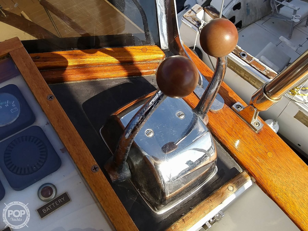 1984 Chien Hwa boat for sale, model of the boat is CHB35 & Image # 27 of 40