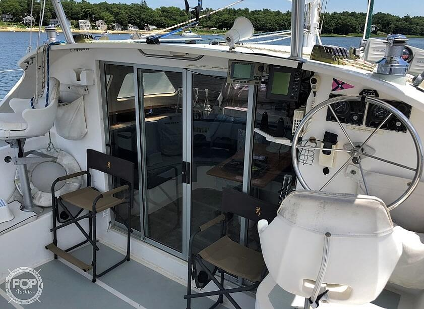 1999 Wildcat boat for sale, model of the boat is 350 Wildcat & Image # 7 of 40